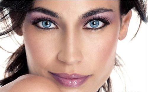 Новогодний макияж для голубоглазых