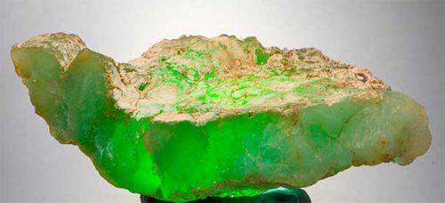 Камень Хризопраз